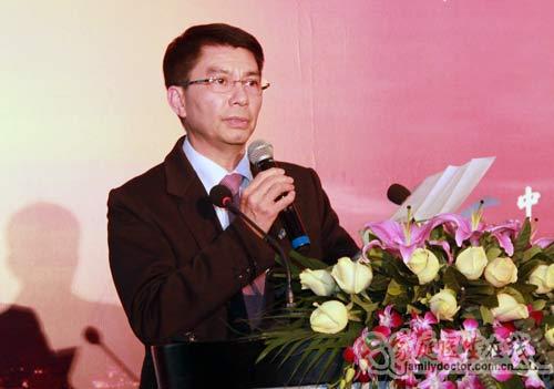 中山眼科医院激光近视眼治疗中心主任刘泉教授高清图片